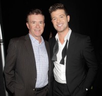 1416282351_alan-thicke-robin-thicke-zoom