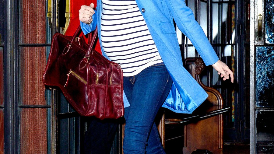 Blake Lively leaves her hotel on Dec. 4, 2014 in NYC.
