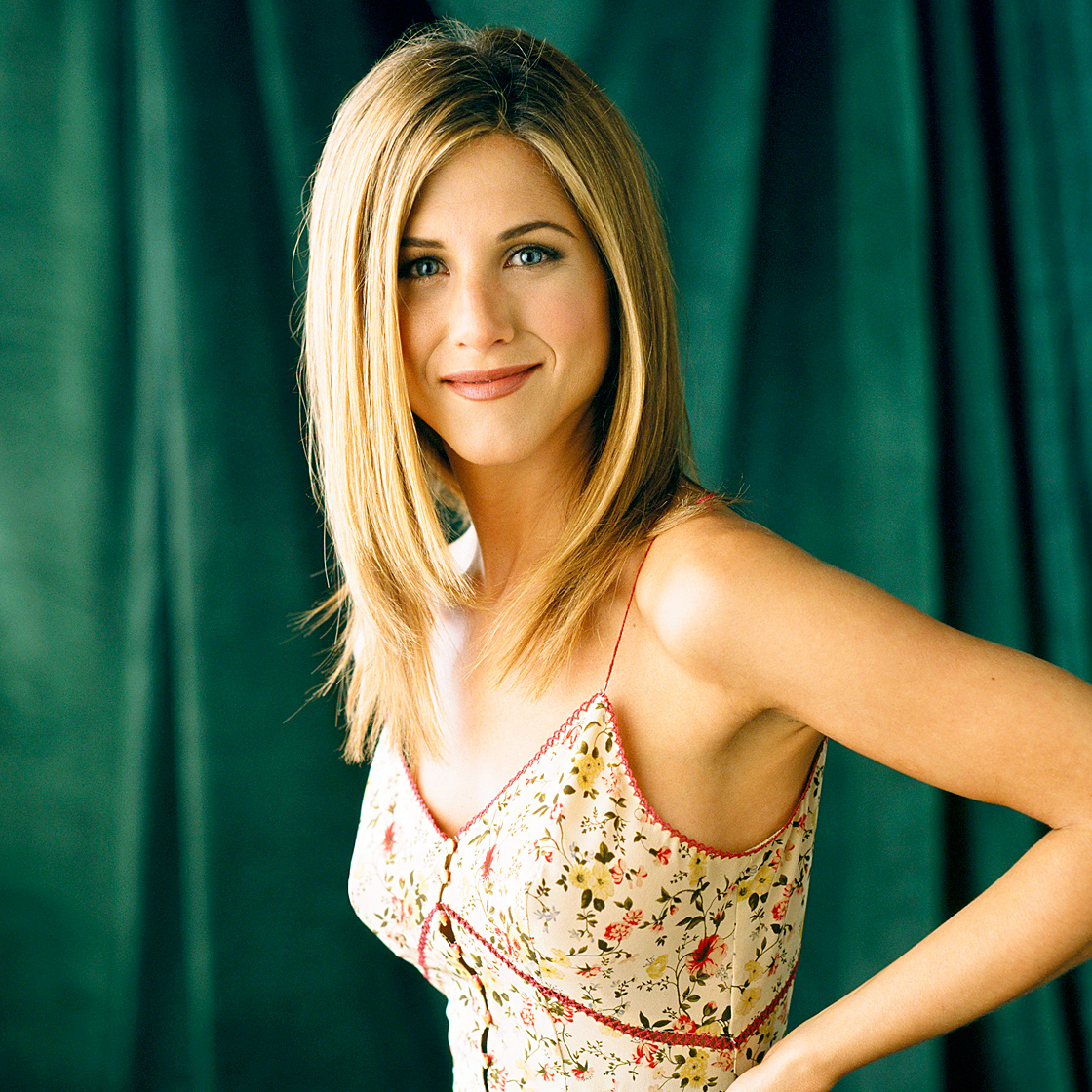 Starring as the lovable Rachel Green, Aniston once appeared opposite her then-hubby Brad Pitt in a 2001 Thanksgiving-themed episode.