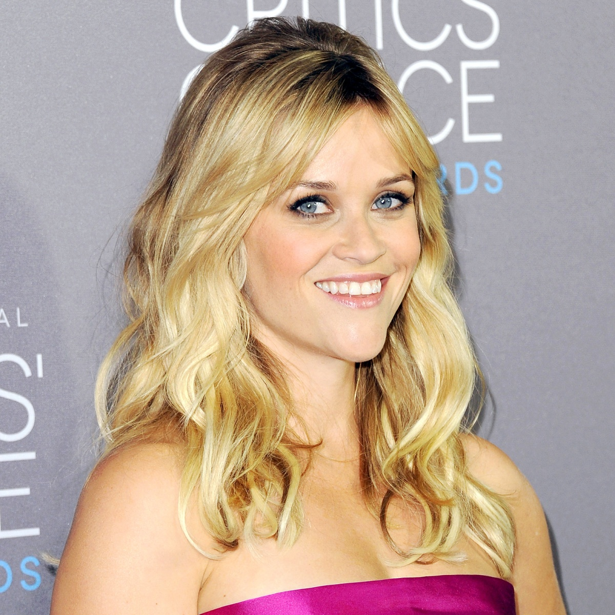 Reese Witherspoon Channels Brigitte Bardot With Sexy Waves at 2015 Critics' Choice Awards: DIY Her Effortless Hairstyle