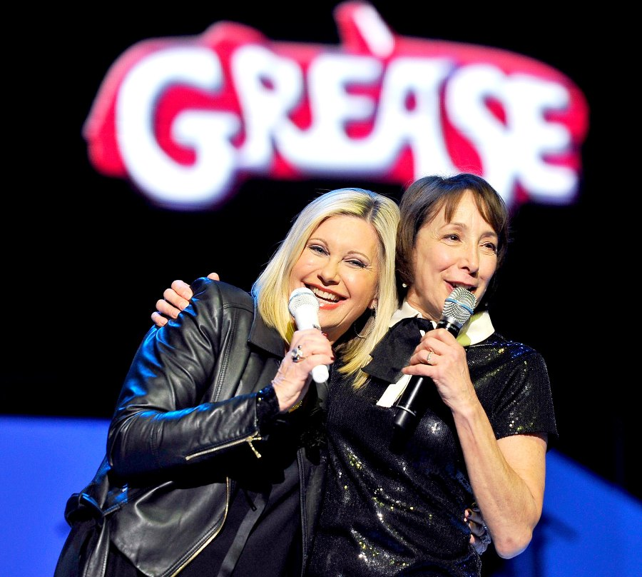 1423604062_grease-zoom