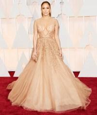 Jennifer Lopez attends the 2015 Oscars