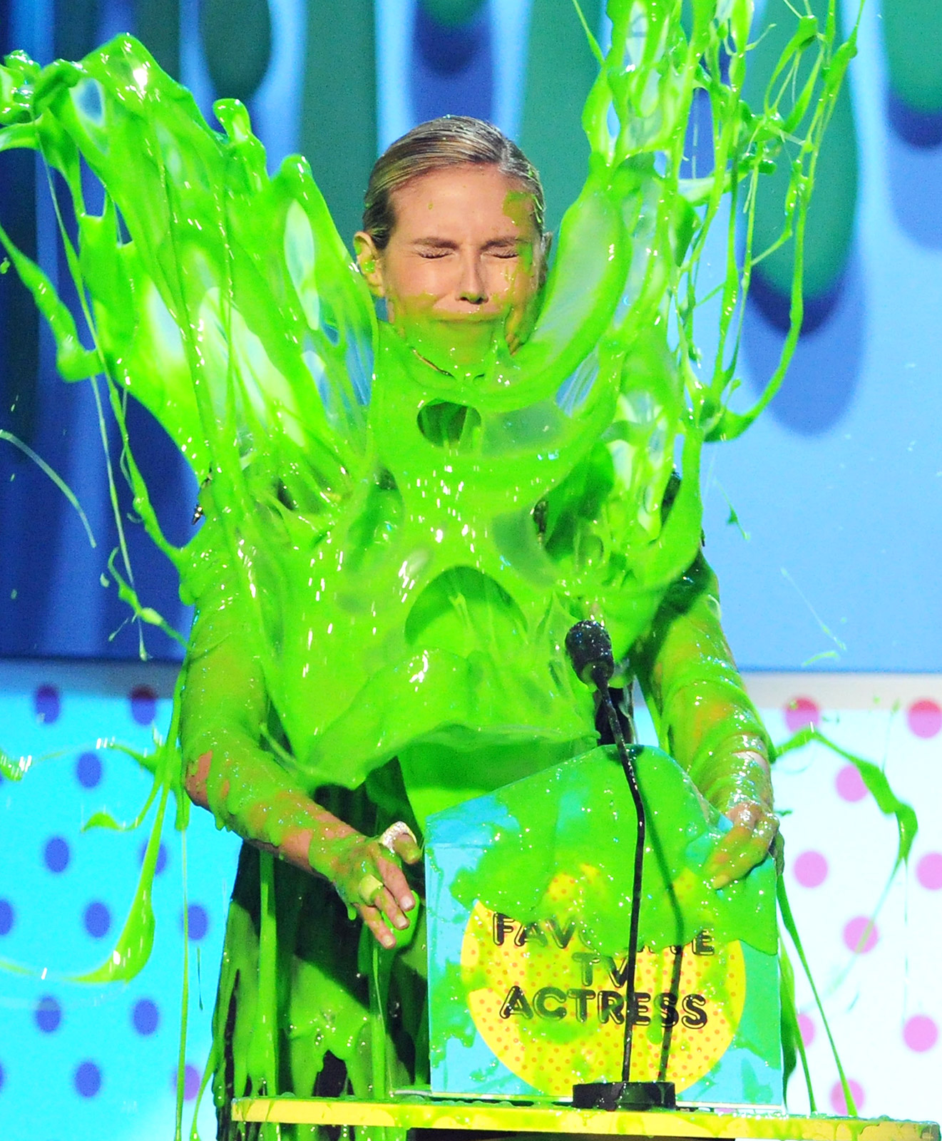 The German supermodel only managed to say a few words before a jack-in-the-box sprayed her with slime at the Galen Center in L.A. on Apr. 2, 2011. Co-presenter Nick Cannon laughed at Klum and announced Selena Gomez had won the award for Favorite TV Actress.