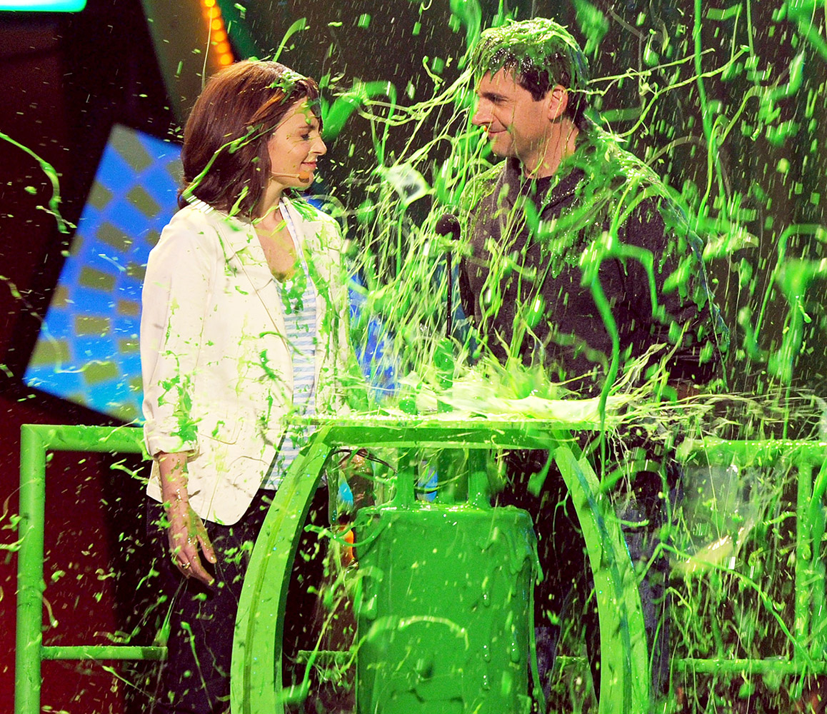 "When the Date Night costars showed up to present at the Pauley Pavilion on March 27, 2010, Fey joked that they were ""too young and alive to receive a lifetime achievement award."" Moments later, an announcer revealed the actors had won the ""slime-time achievement award"" and splattered the duo."