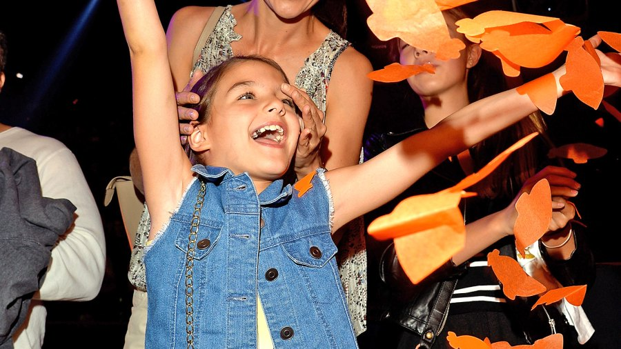 Suri Cruise and Katie Holmes at the 2015 Kids' Choice Awards.