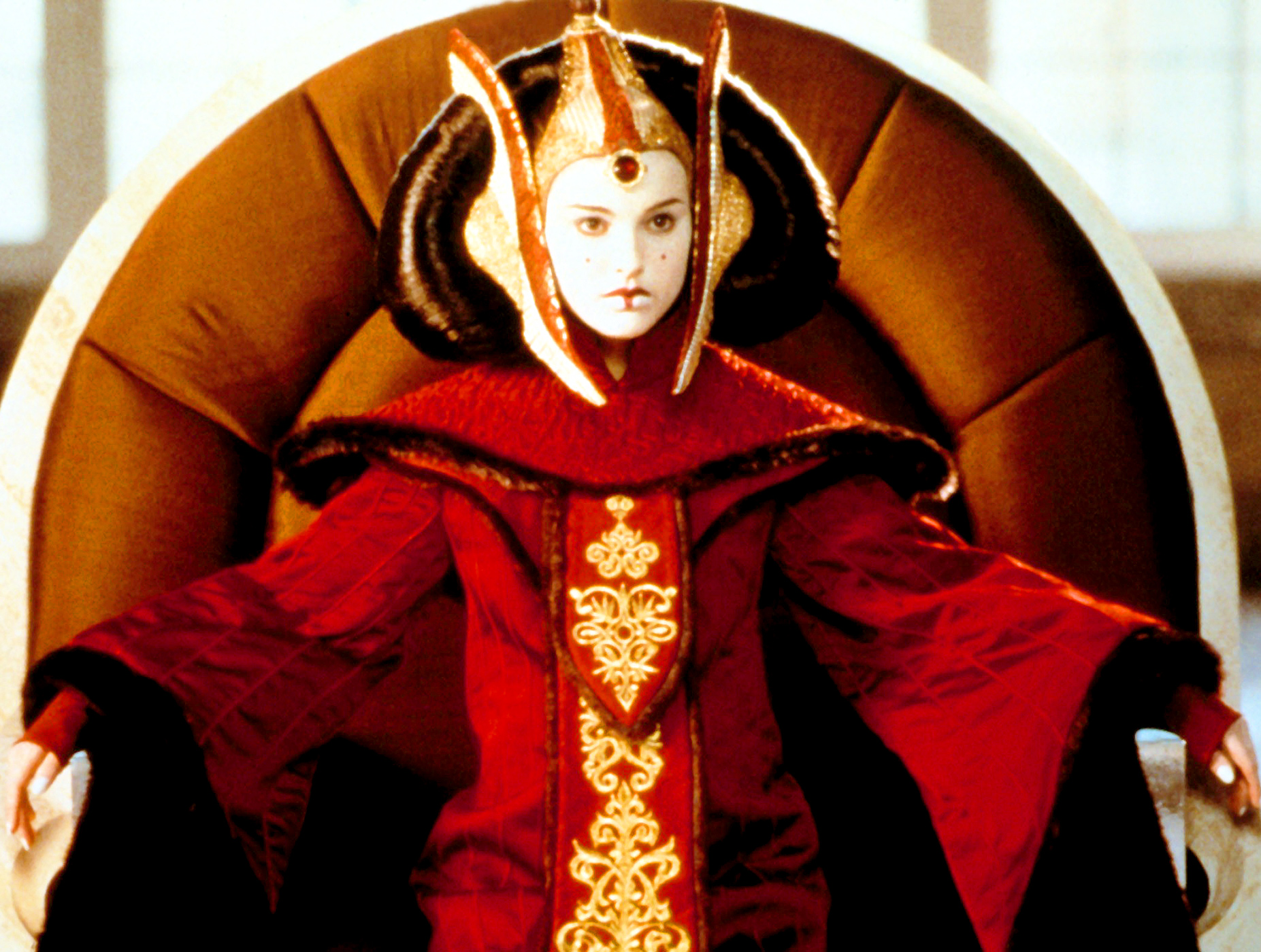 In 1999, the future Oscar winner played Princess Padme Amidala in Star Wars: The Phantom Menace . Portman 's character also appeared in Star Wars: Attack of the Clones and Star Wars: Revenge of the Sith .