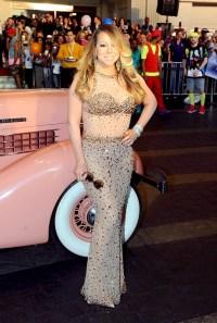 Mariah Carey makes her official Las Vegas arrival on April 27, 2015.