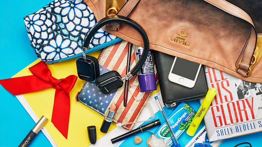 Find out what's in Maria Bartiromo's bag