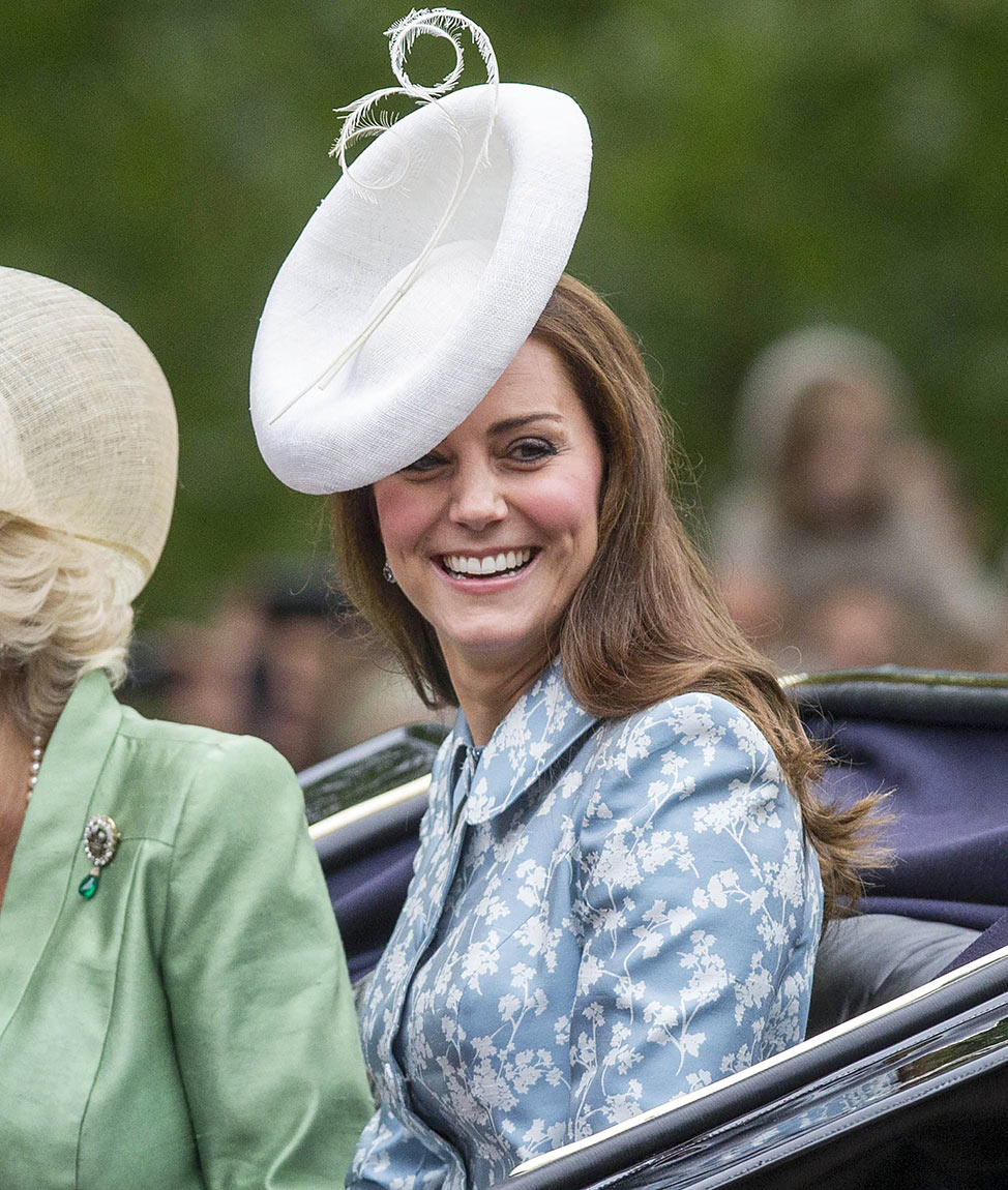kate middletons first postbaby appearance at trooping of
