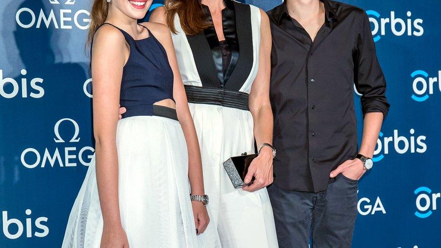 Kaia Gerber, Cindy Crawford and Presley Gerber on June 16, 2015.