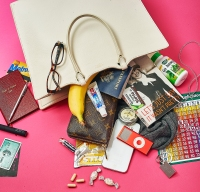 Find out what's in Molly Shannon's bag