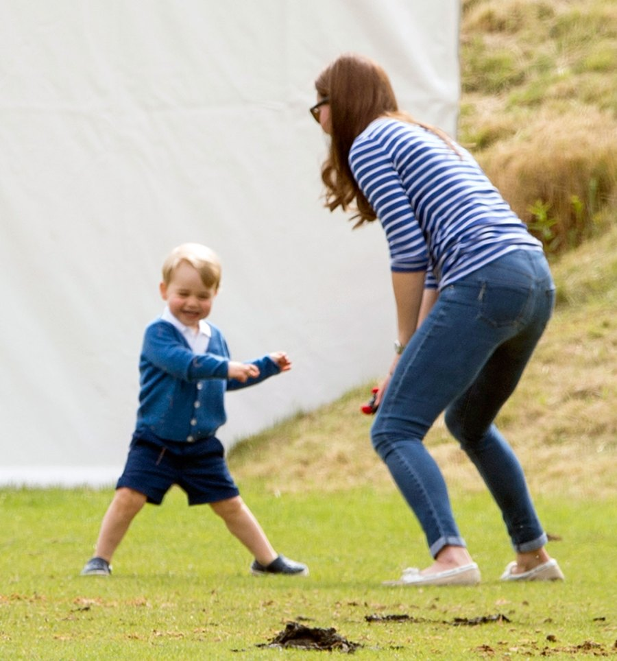 1434556190_prince-george-kate-middleton-playing-zoom