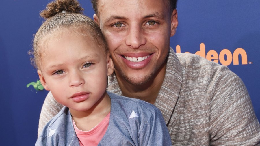 Stephen Curry's little girl Riley stole the show at the Kids' Choice S