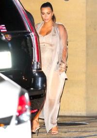 Kim Kardashian gets dinner with Kris Jenner at Nobu on September 1.