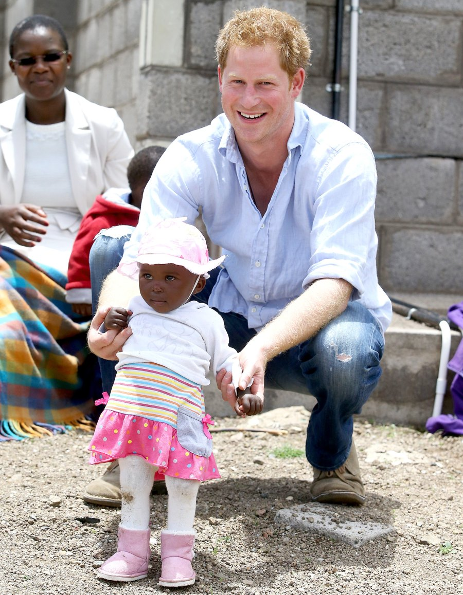 1442246953_prince-harry-baby-zoom