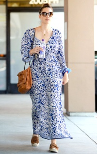 Jessica Biel takes her dog to the vet in L.A. on September 17, 2015.
