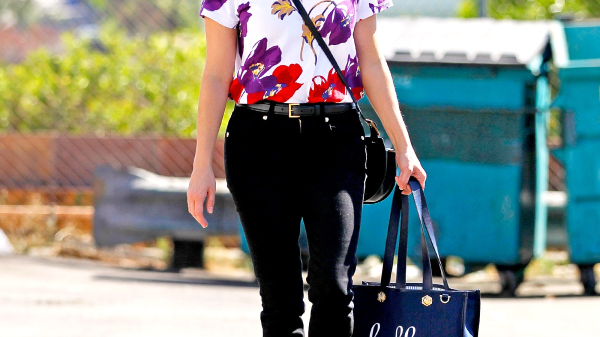 a1418d58316 Reese Witherspoon's 10 Best Draper James Outfits
