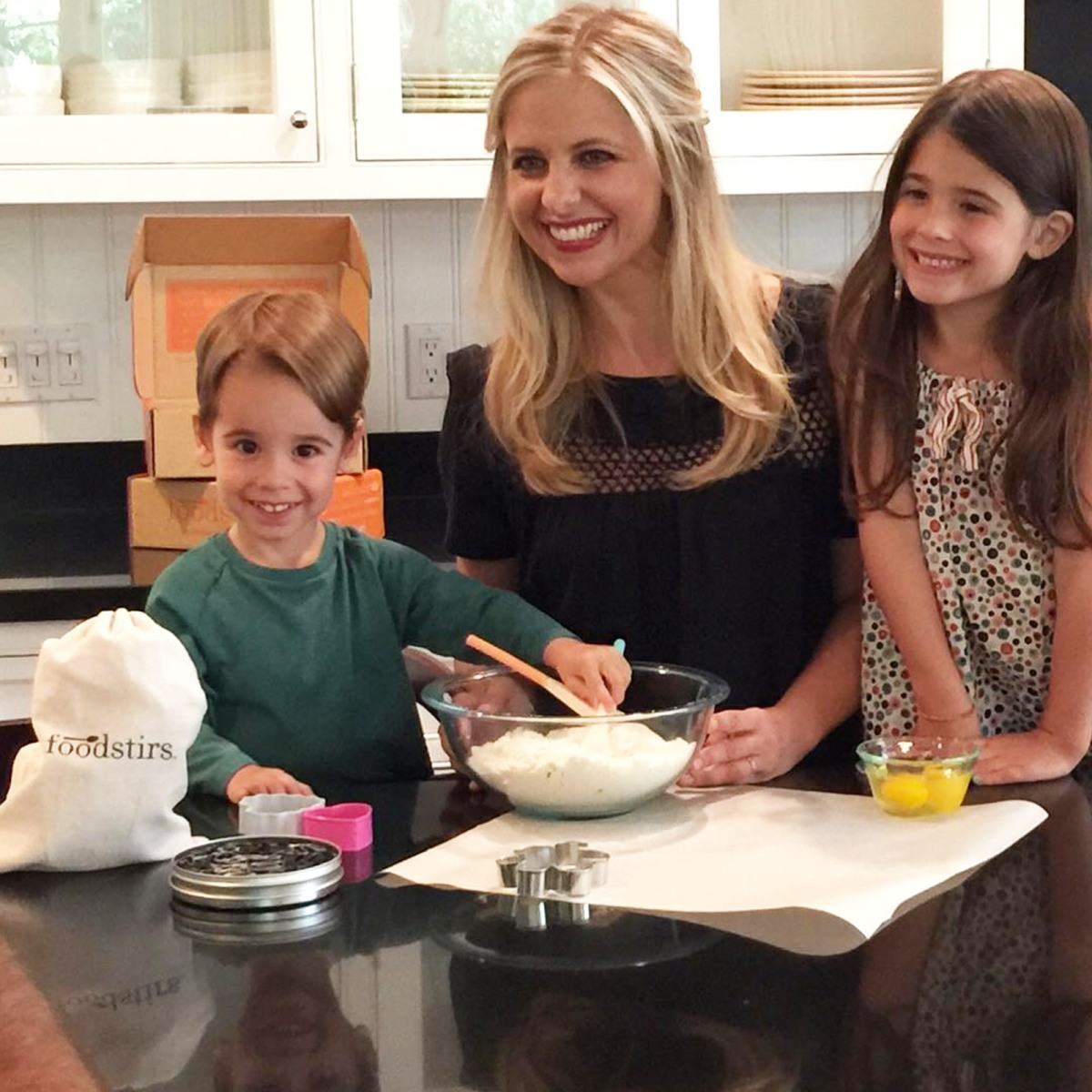 Sarah Michelle Gellar and her husband Freddie Prinze Jr are definitely one fun couple she posted a video of him poking fun at her for the amount of
