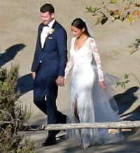 Bryan Greenberg and Jamie Chung get married on October 31, 2015.