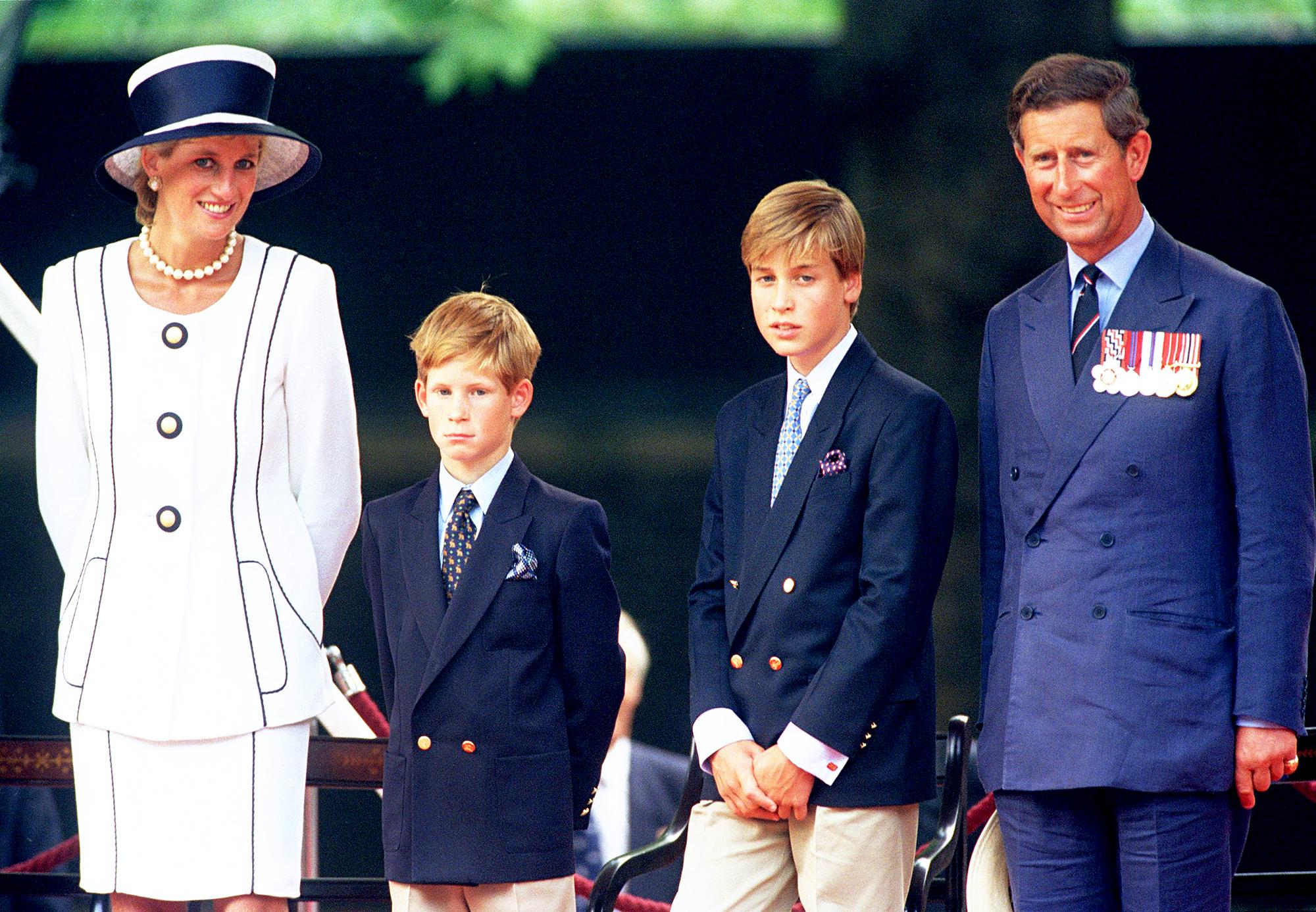 Prince Charle, Princess Diana, Prince Harry and Prince William