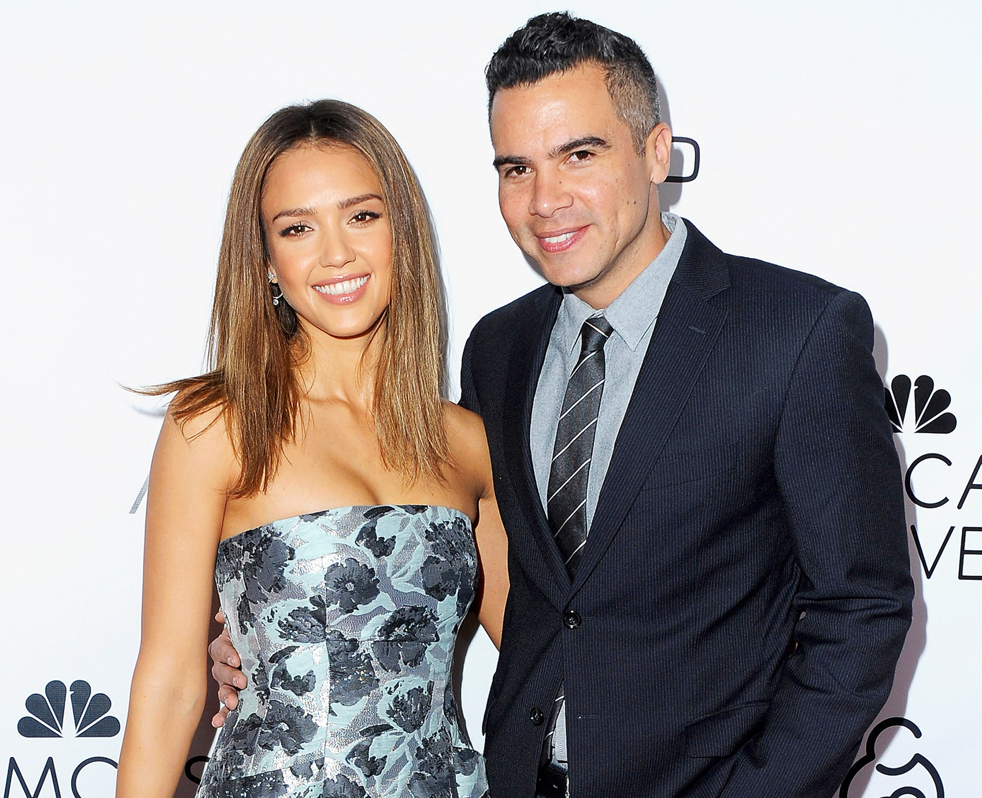 dating jessica alba