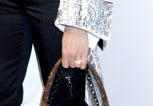 Alicia-Vikander-wedding-ring
