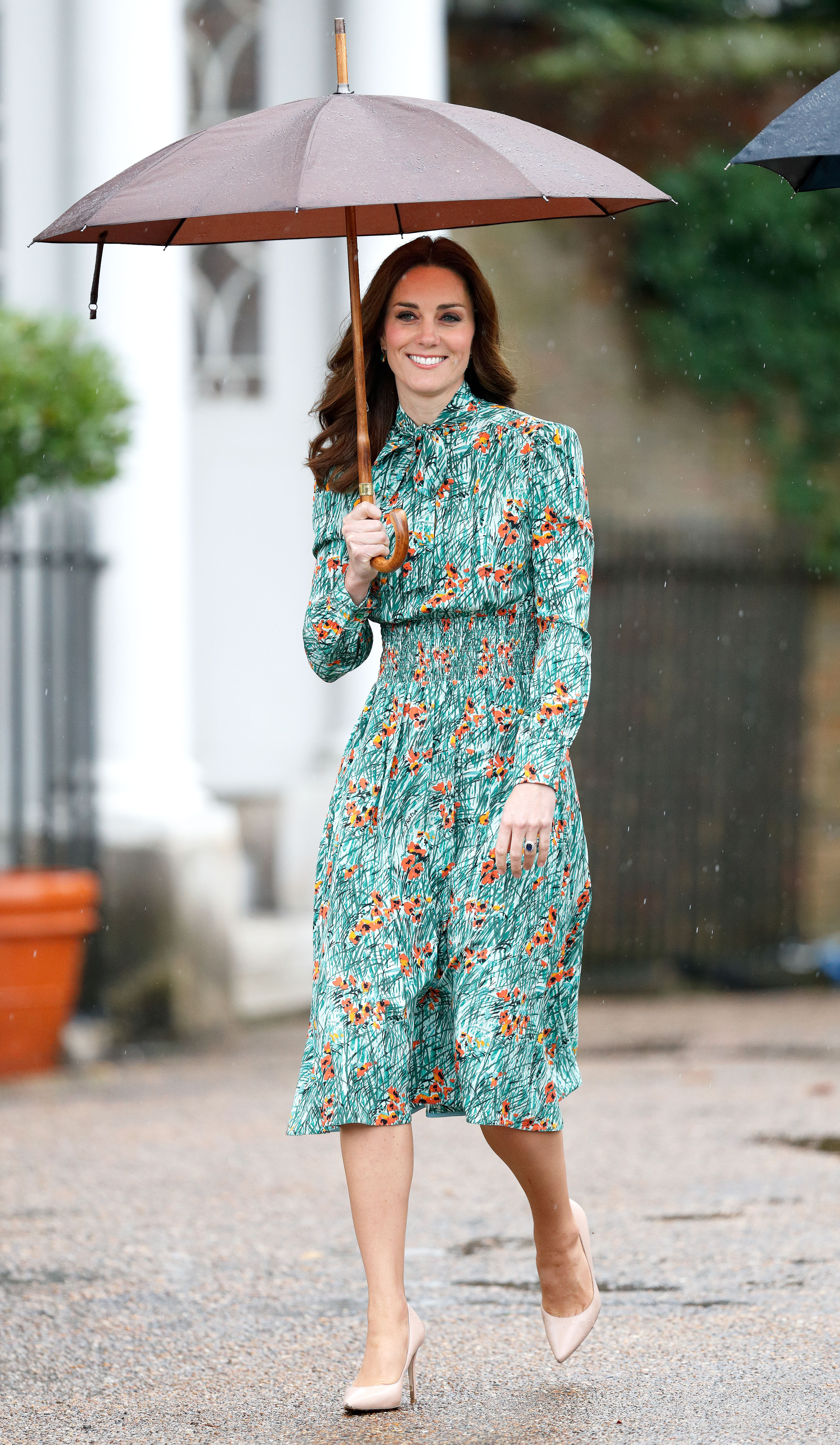 Kate middleton maternity style third pregnancy pics dressed for the occasion ombrellifo Choice Image