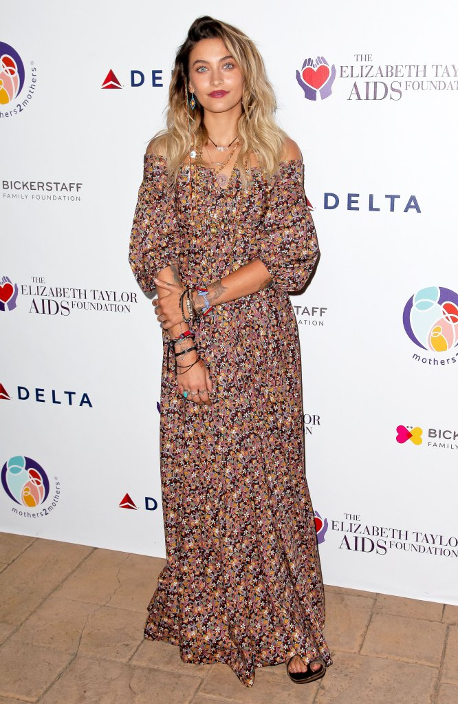 Paris Jackson attends the mothers2mothers and The Elizabeth Taylor AIDS Foundation Benefit Dinner on October 24, 2017