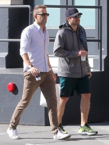 Jake Gyllenhaal and Ryan Reynolds grab a cup of coffee together