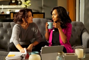 Bellamy Young and Kerry Washington on 'Scandal'