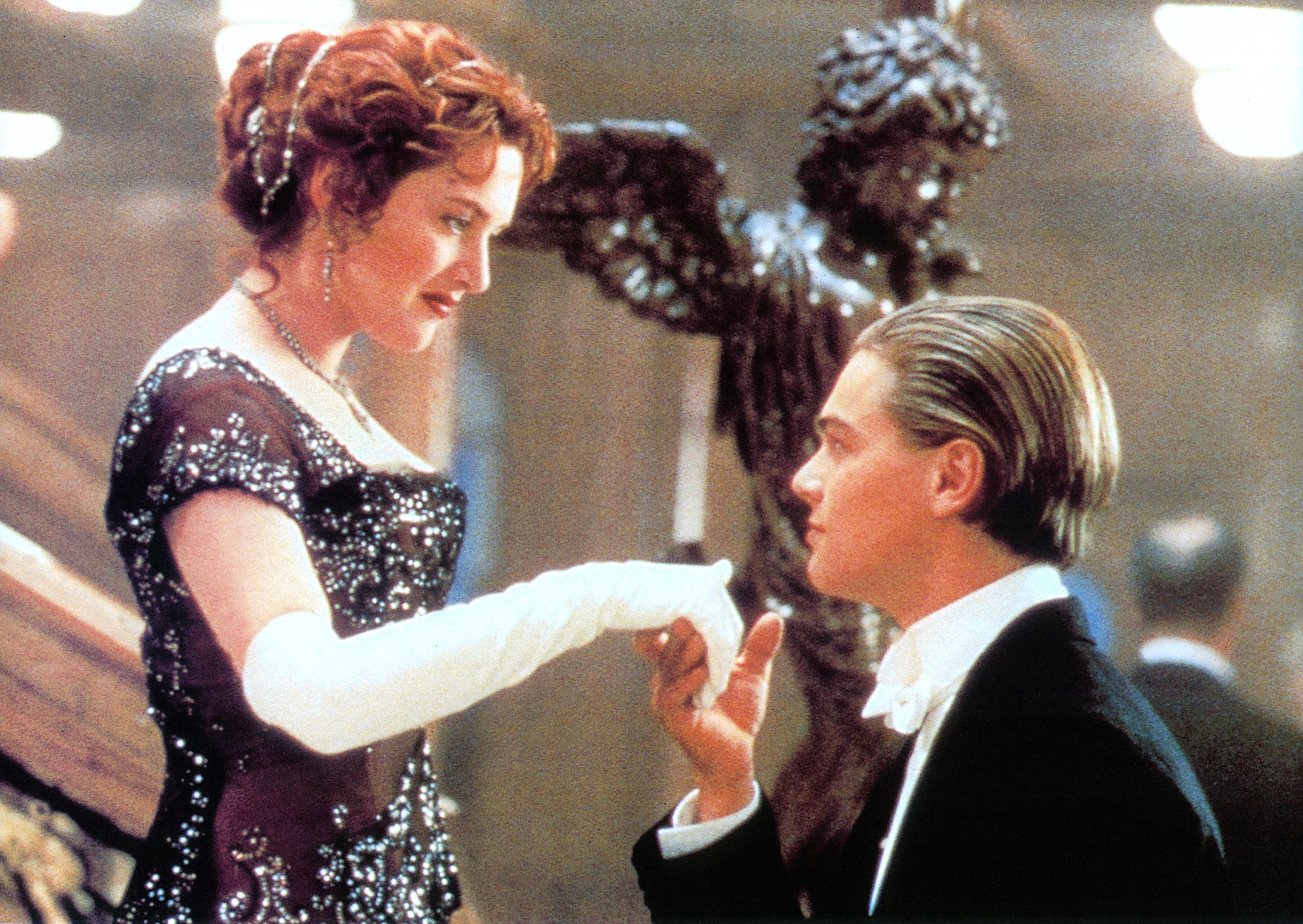 Titanic to return to theaters for 20th anniversary
