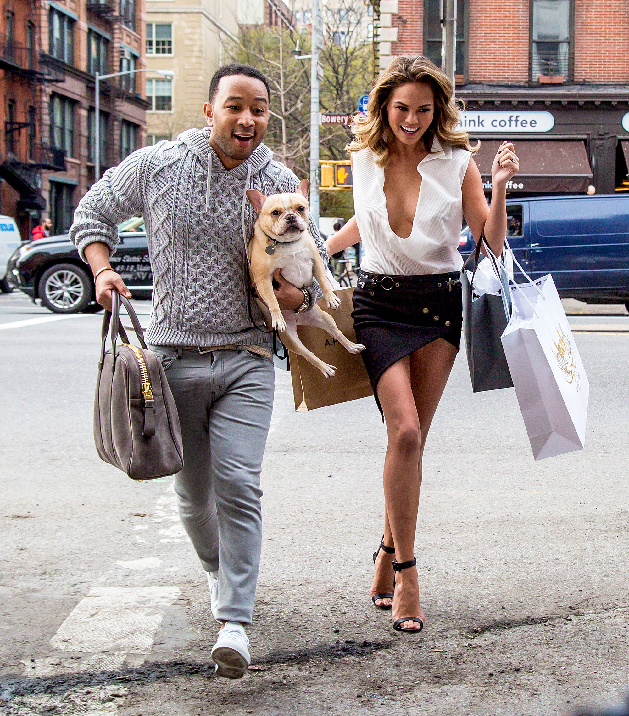 Chrissy Teigens Guide To Walking Your Dog In Style forecasting