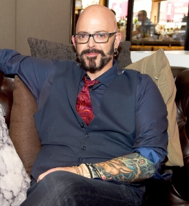 My cat from hell s jackson galaxy on holiday pet safety for Jackson galaxy music