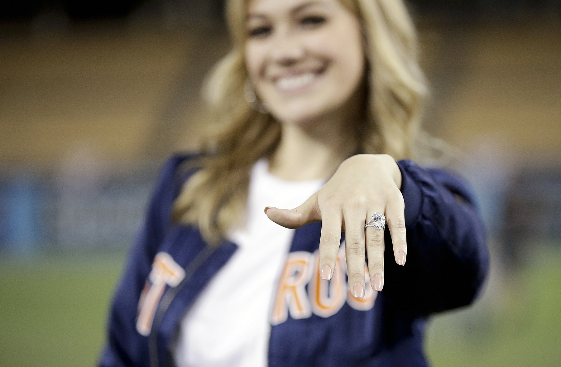 Carlos Correa Daniella Rodriguez World Series proposal engagement ring