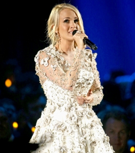 carrie-underwood-cma-awards-2017