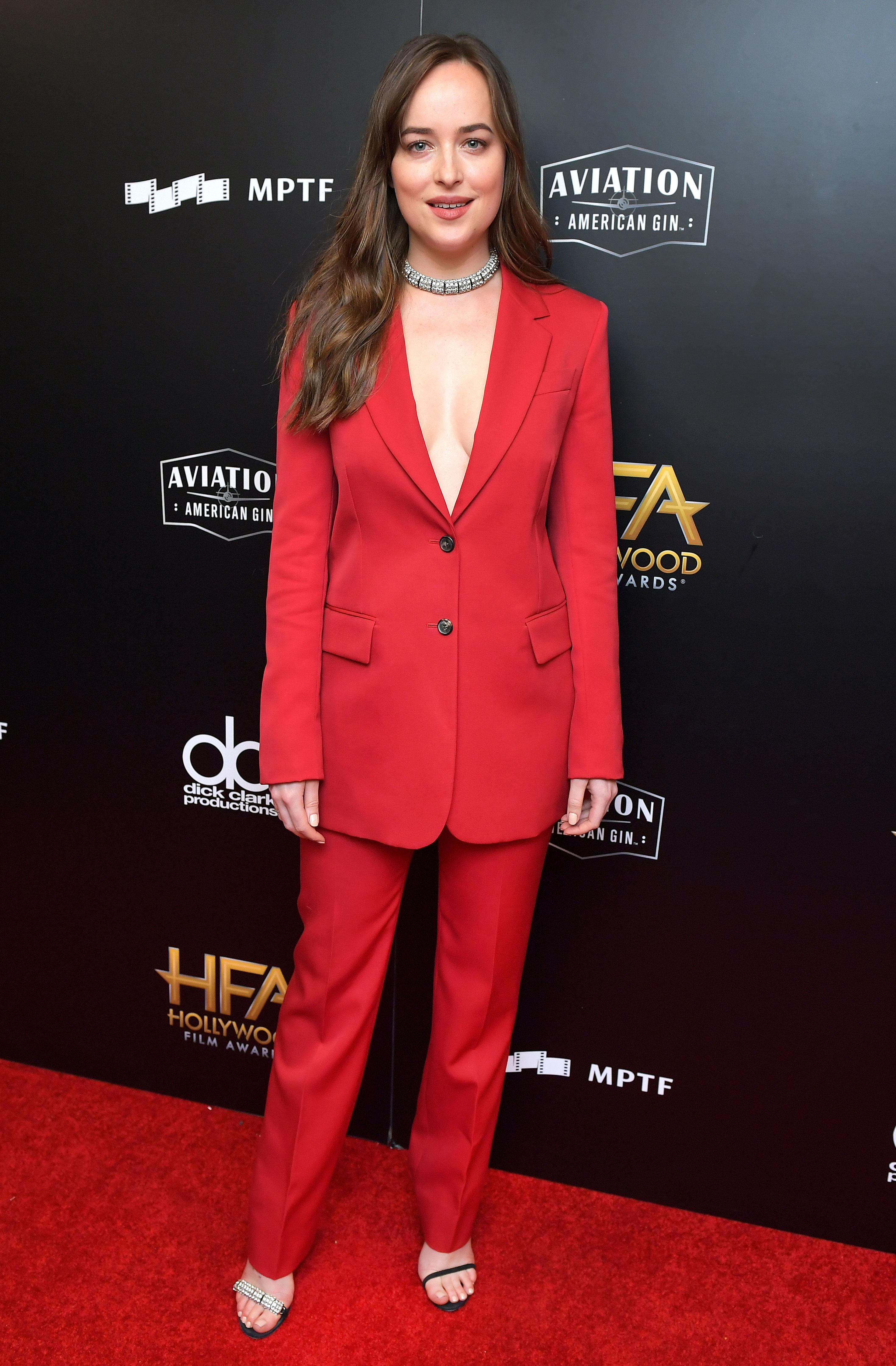 Dakota Johnson S Best Fashion On Fifty Shades Freed Press Tour