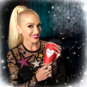 Gwen Stefani Starbucks Holiday Cup 2017