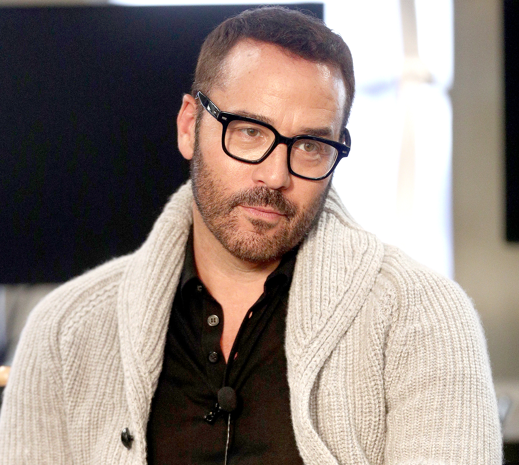 Jeremy Piven Knows The Only Acceptable Way To Wear A V-Neck T-Shirt forecast