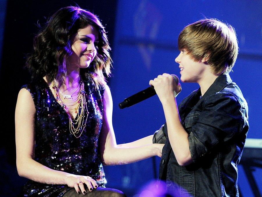 Selena Gomez Justin Bieber December 31, 2009