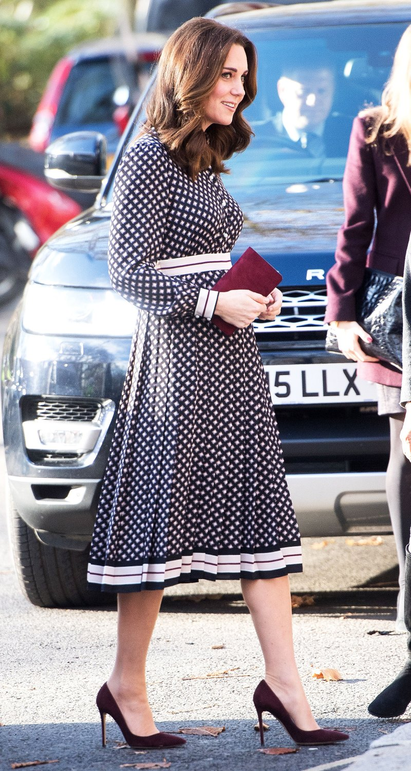 Kate middletons maternity style her absolute best looks from her pretty in prints ombrellifo Gallery