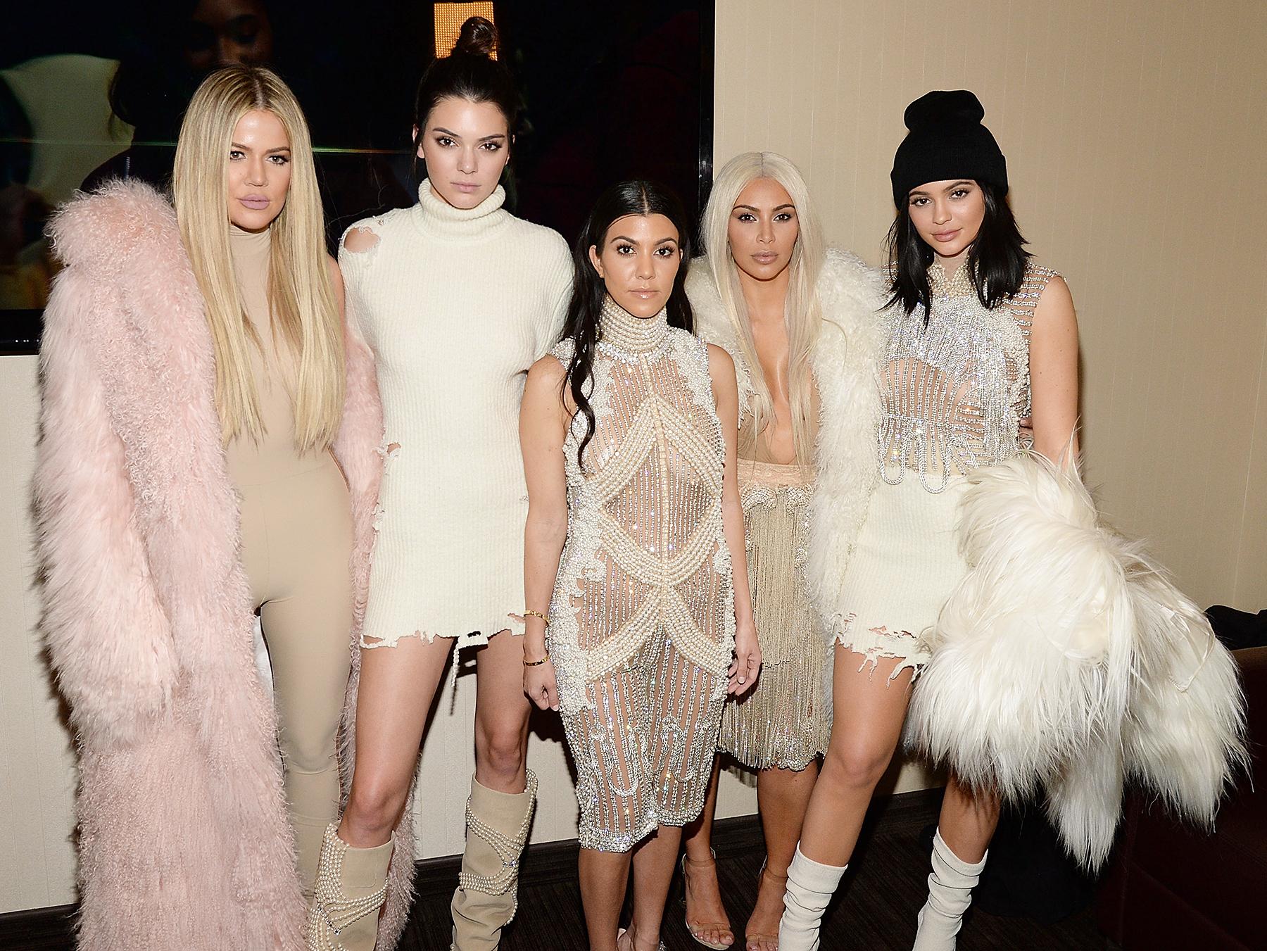 Khloe Kardashian, Kendall Jenner, Kourtney Kardashian, Kim Kardashian West Kylie Jenner