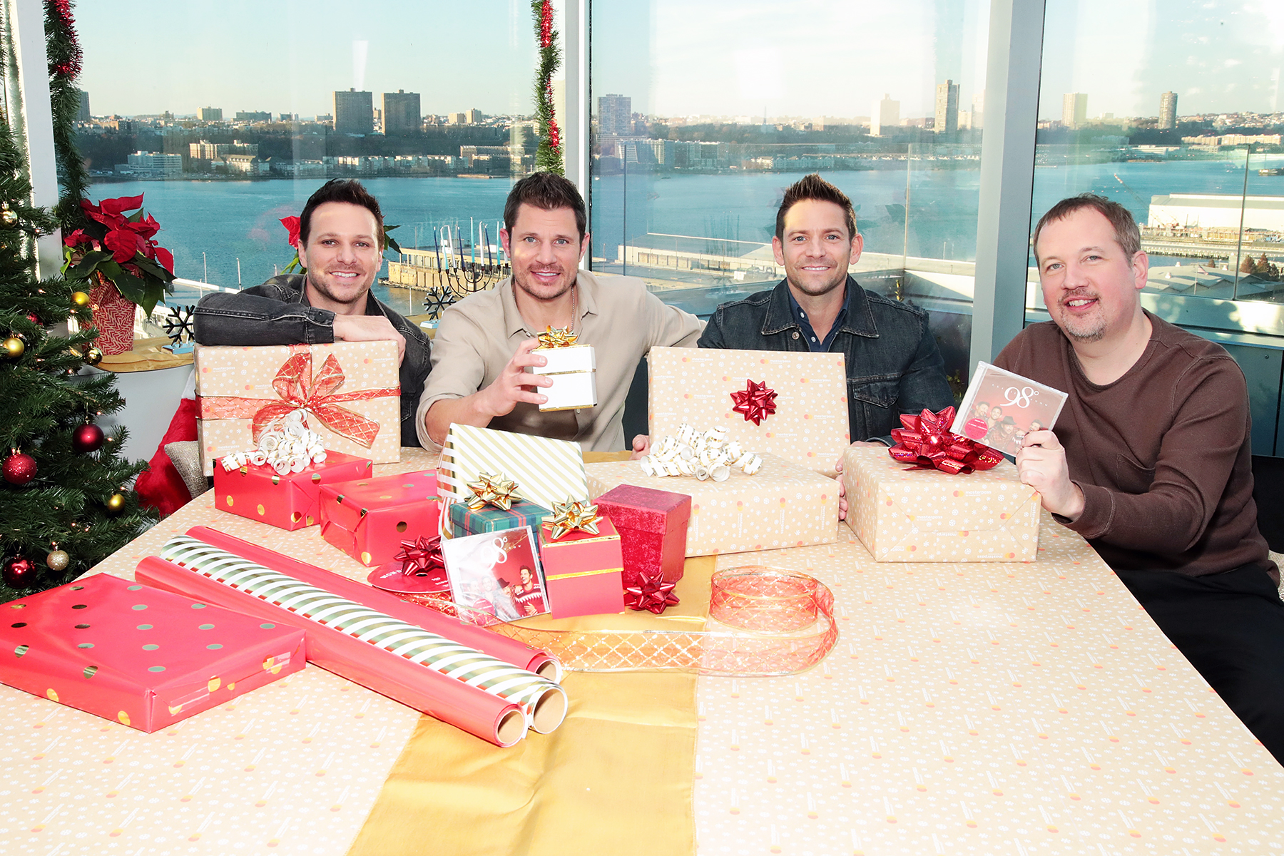 Drew Lachey Nick Lachey Jeff Timmons Justin Jeffre 98 Degrees