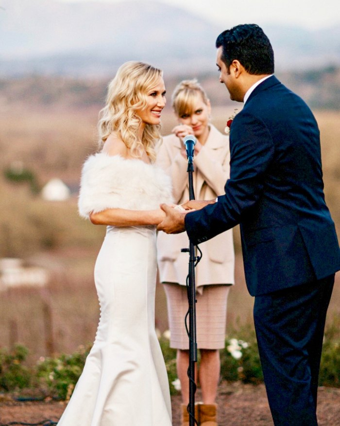 Anna Faris and co-host Sim Sarna and Amy's wedding