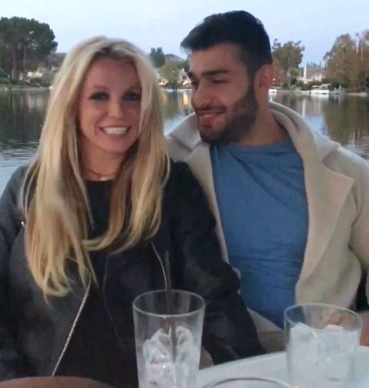 Britney spears dating who know