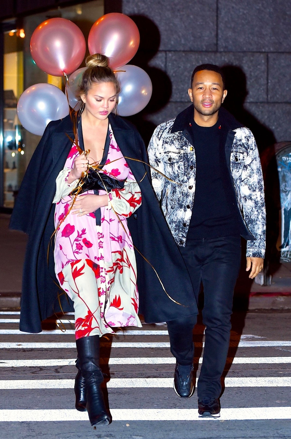 0f6932d564672 Chrissy Teigen's Second Pregnancy Maternity Style: See Her Outfits