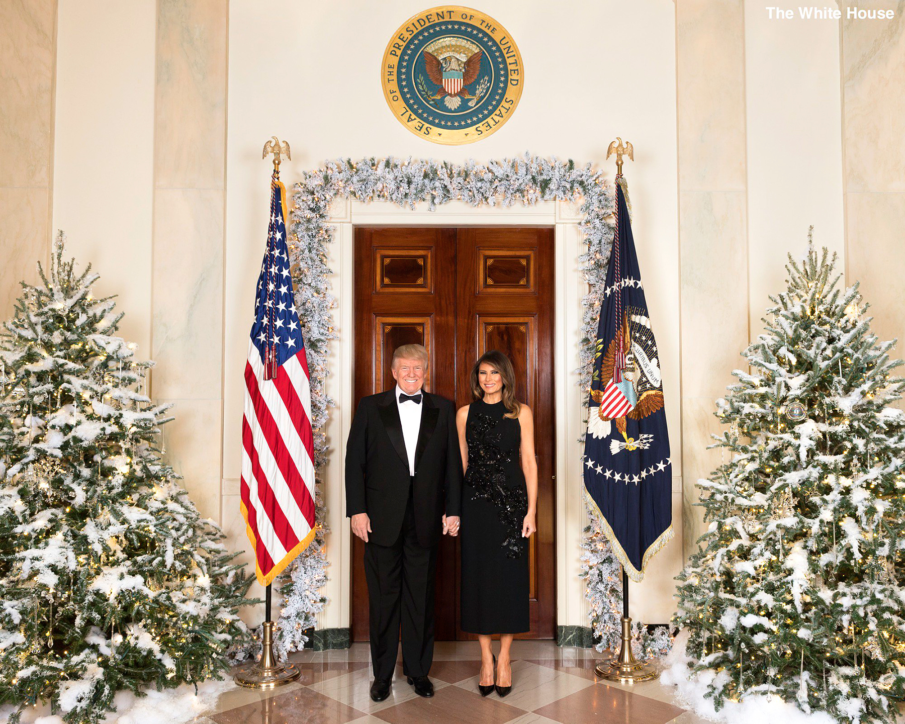 donald trump and melania trump christmas card - Melania Trump Christmas Decorations