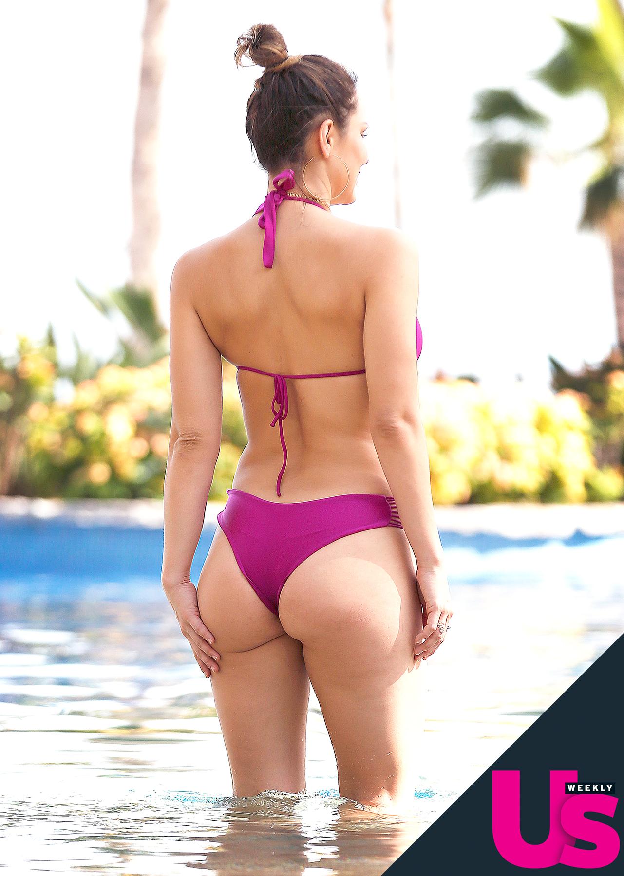 04f096f0c0022 Katharine McPhee Shows Off Her Toned Bikini Body in Mexico