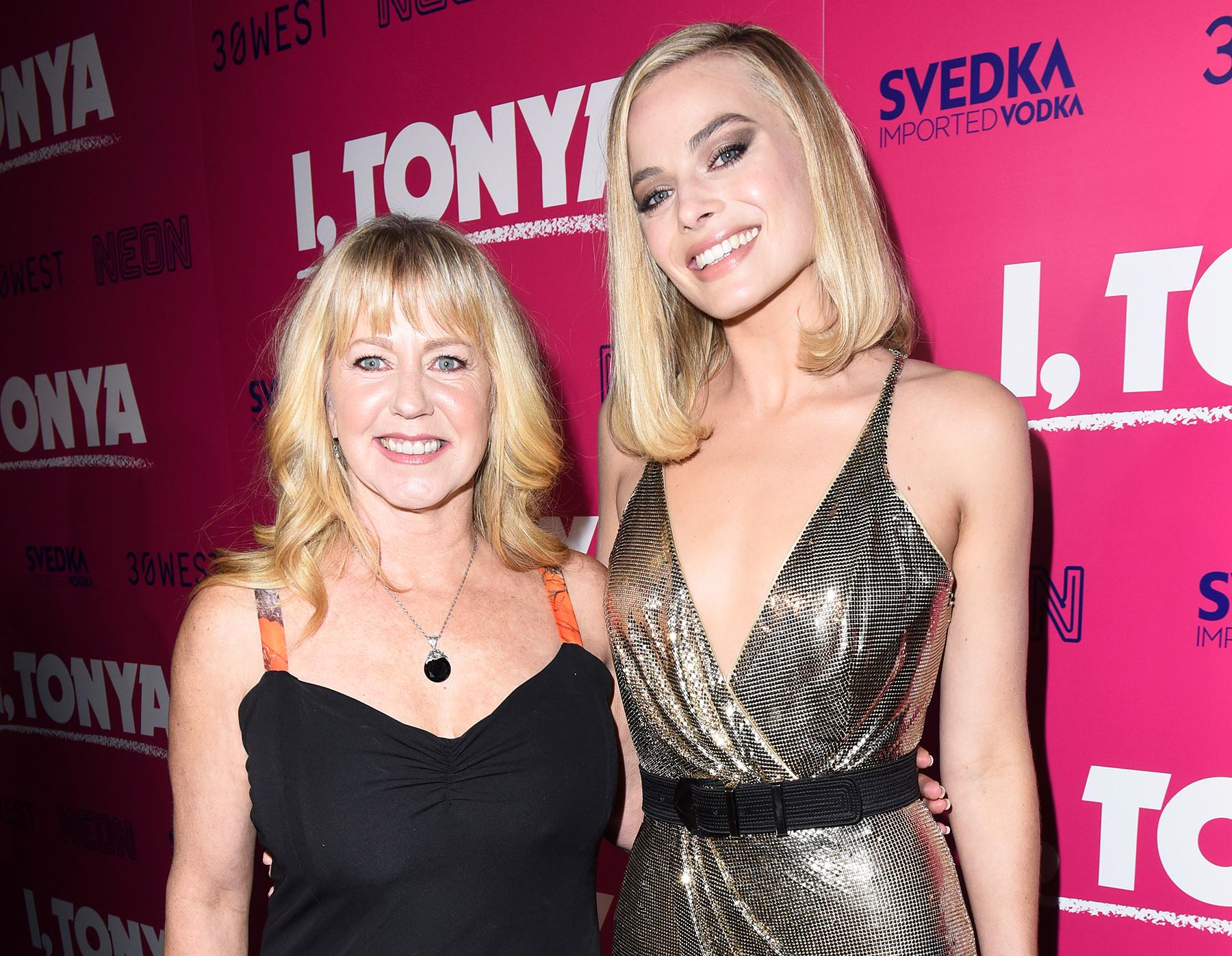 Tonya Harding Margot Robbie attend I, Tonya premiere