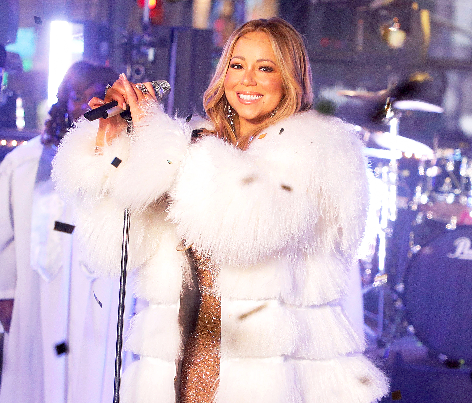 Mariah Carey performs during Dick Clark's New Year's Rockin Eve at Times Square