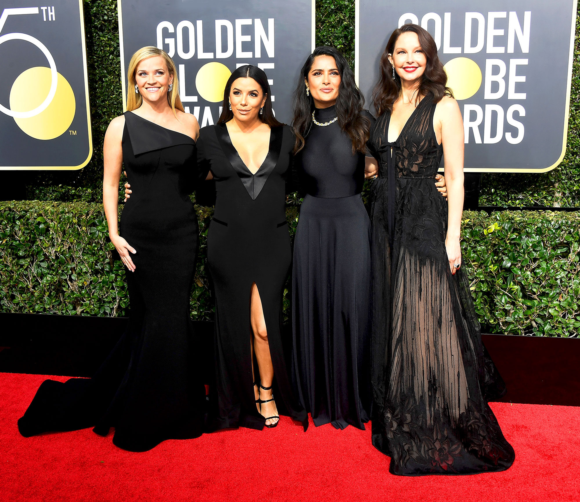 15 Celebs Who Wore Black To The Golden Globes pictures